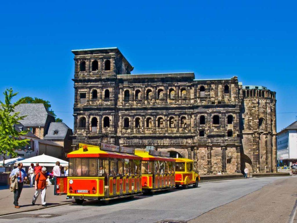 die Porta Nigra in Trier